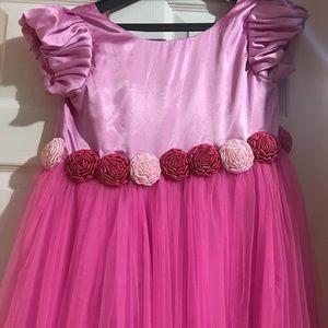 Other - A kids pink dress